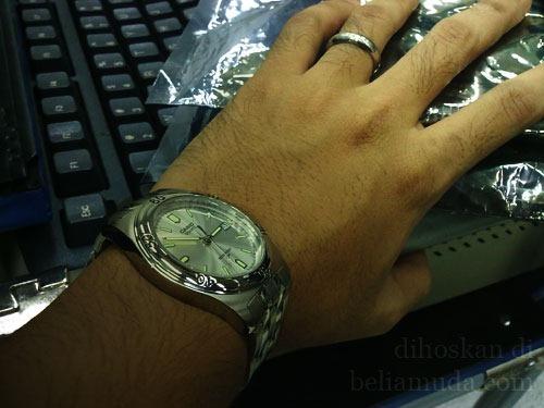 jam-tangan-dan-cincin